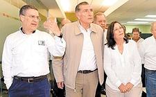 Images_149187_thumb_el-gobernador-de-tabasco-centro_0_111_756_470