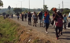 Images_149729_thumb_los-migrantes-avanzan-hacia-huixtla_49_0_934_581