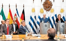 Images_151183_thumb_presidente-anfitrion-tabare-vazquez-titular_254_0_1400_871