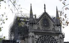 Images_156404_thumb_catastrofico-incendio-monumentos-queridos-francia_0_23_1024_637
