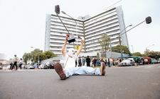 Images_163440_thumb_protesta-derechohabientes-falta-medicamentos-junio_0_1_1150_716