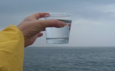 Images_163478_thumb_beber-agua-mar-ayudara-bajar