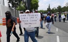 Images_163671_thumb_pancartas-contnuan-protestas-policia-federal_122_0_1157_720