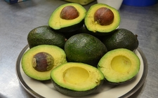 Images_163861_thumb_aguacate-ofrece-beneficios-salud-usado_0_1_960_597