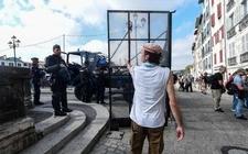 Images_166853_thumb_protesta-cumbre-mandatarios-occidentales-hendaya_0_14_640_398