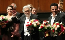 Images_166923_thumb_tenor-espanol-placido-domingo-ovacionado_0_1_1525_948