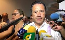 Images_169028_thumb_cuitlahuac-garcia-gobernador-veracruz-gobierno_0_67_958_596