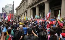 Images_170103_thumb_sismo-sintio-capital-santiago-protestas_0_0_899_559