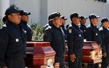 Images_170409_thumb_realizan-homenaje-policias-emboscados-oaxaca_0_41_958_596