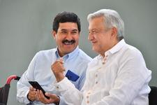 Images_184557_thumb_gobernador_javier_corral_y_el_presidente_andr%c3%a9s_manuel_l%c3%b3pez_obrador