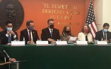 Images_187057_thumb_conferencia-prensa-funcionarios-mexicanos-alejandro_42_18_1143_711_(1)